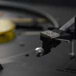 Cartridge and needle